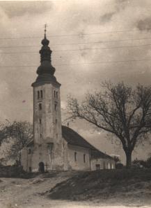 010 Crkva i cintor iz god. 1951.