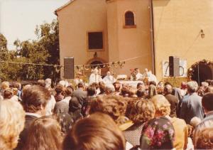03-09-1978 Podizanje nivih zvona za vrijeme mise sl1
